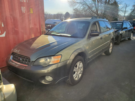 2005 Subaru Outback 2.5L 208k A/T 4eat Green