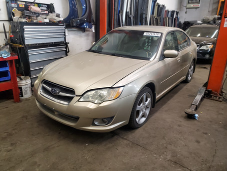 2008 Subaru Legacy sedan 2.5L 163k M/T 5speed Gold