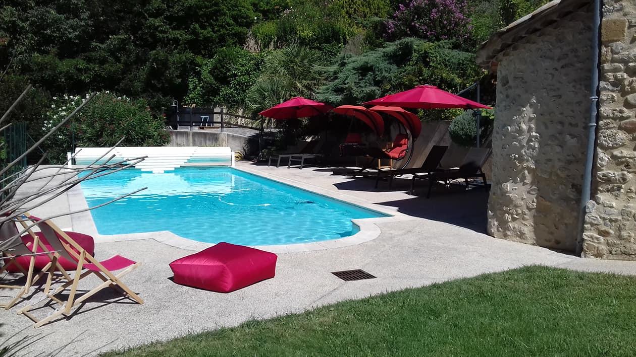 piscine et trnasat mirmande