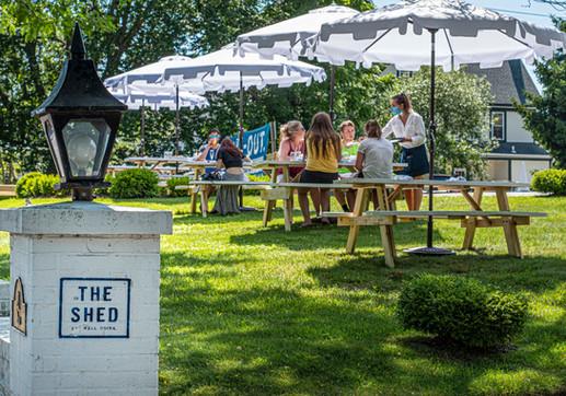 SAYVILLE PATIO outdoor dining DSC_7981.j