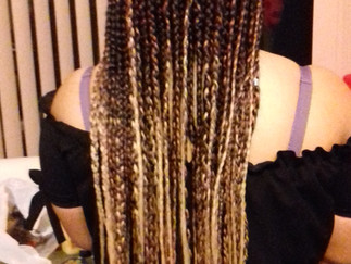 Get free Extensions with your Box braid. Merry Christmas For All New Customers.