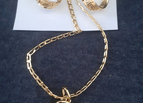 Gold plated ladies jewellery set,