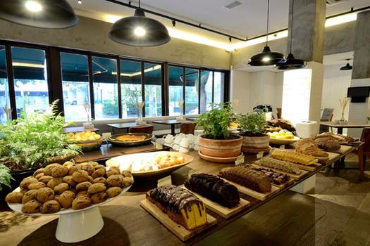 PÃO-Mesa cafe manhã.JPG