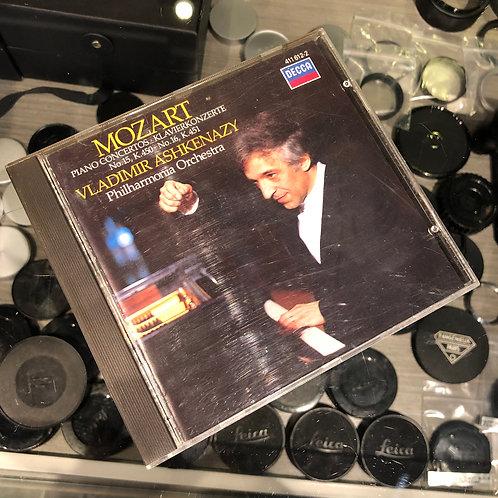 Mozart : Piano Concertos Klavierkonzerte N0. 15, K450 No. 16, K451 by Decca