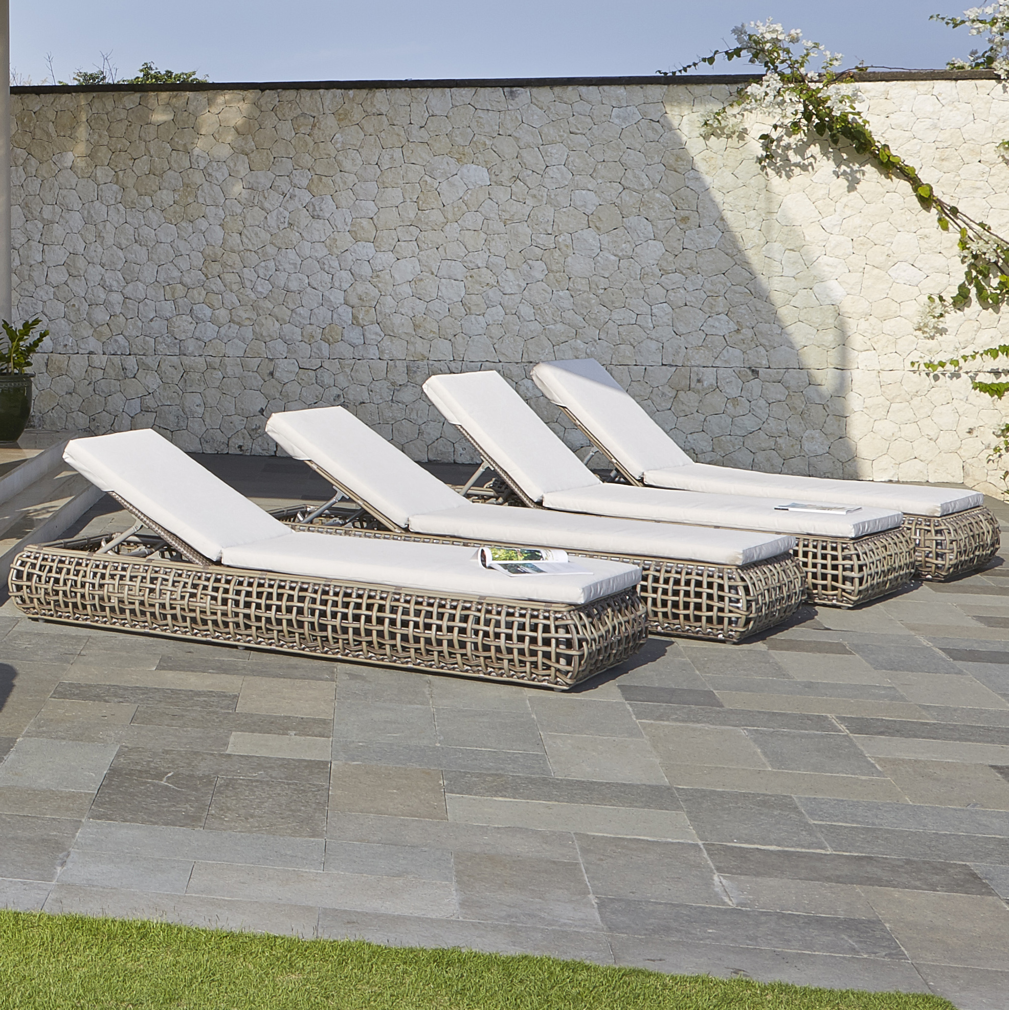 Dynasty-Chaise-Loungers