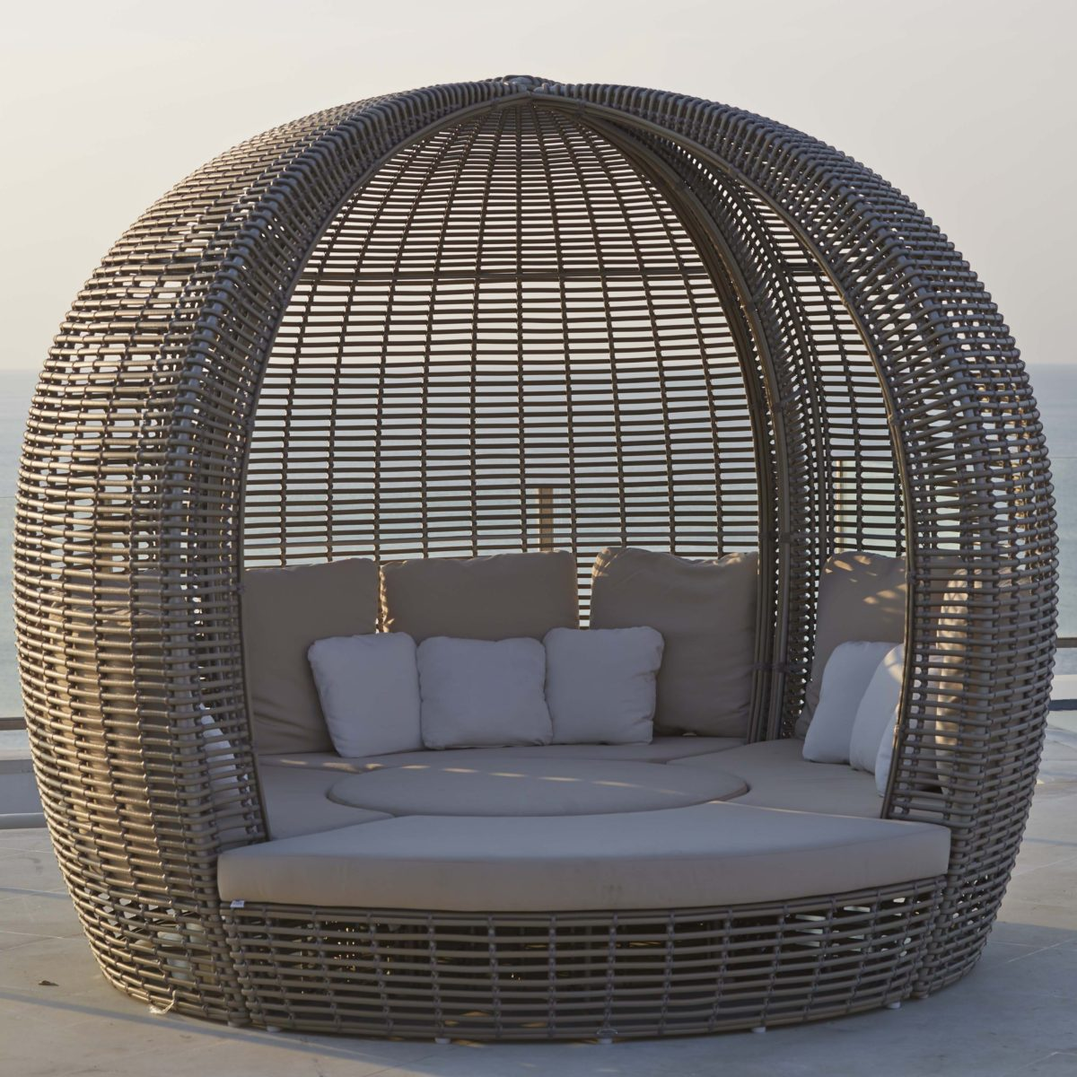 Halo-Daybed-4-KMNP