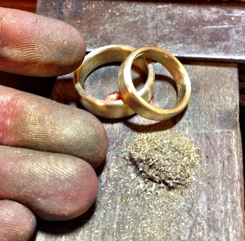 craft your own wedding rings in our homely smithy on the green outskirts of berlin make this day an unforgettable event for you and your partner and forge - Make Your Own Wedding Ring