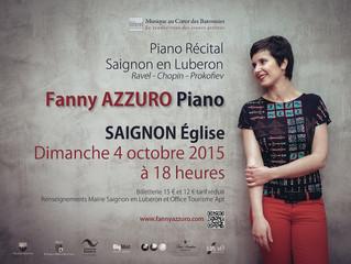 Fanny Azzuro en concert à Saignon