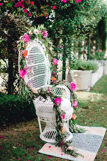 White-Traditional-Baby-Shower-Chair-Deco