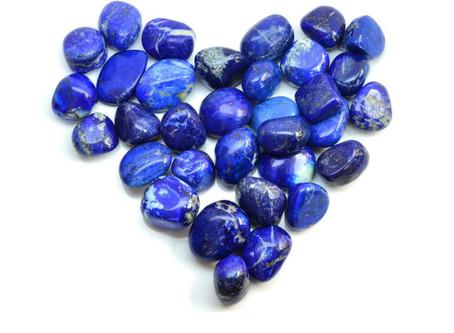 Kameny z hlubin Země
