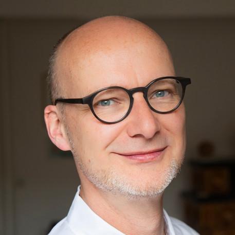 Dr. Wolfram Klingenberg