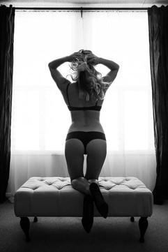 yoga-boudoir-photography