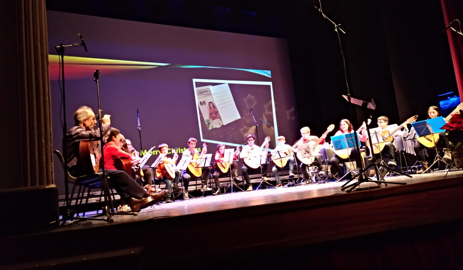 Concert Nadal - Orquestra de Guitarres