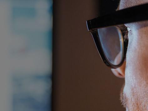 🤔 Do I wear Glasses?