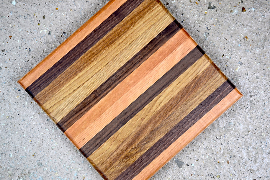 grey gum square chopping board .JPG
