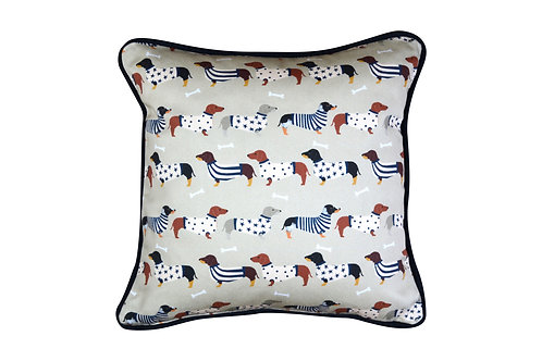 Cushion - Dachshunds in Jumpers