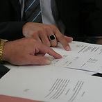 contract-408216_1920.jpg