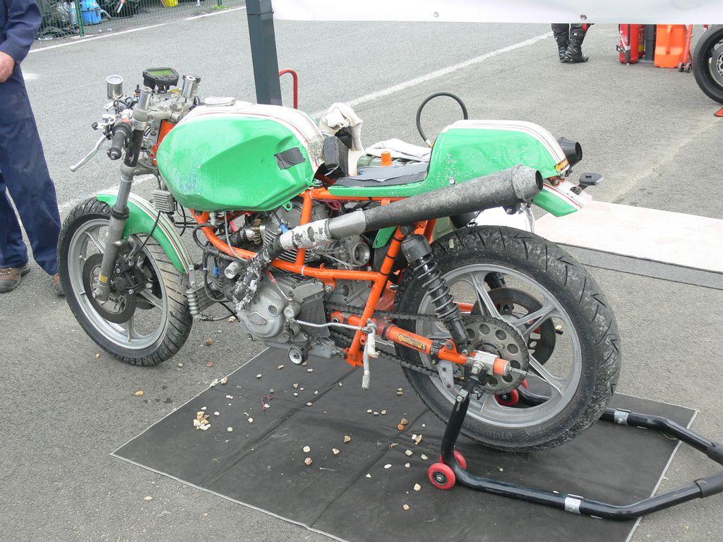 P1870103