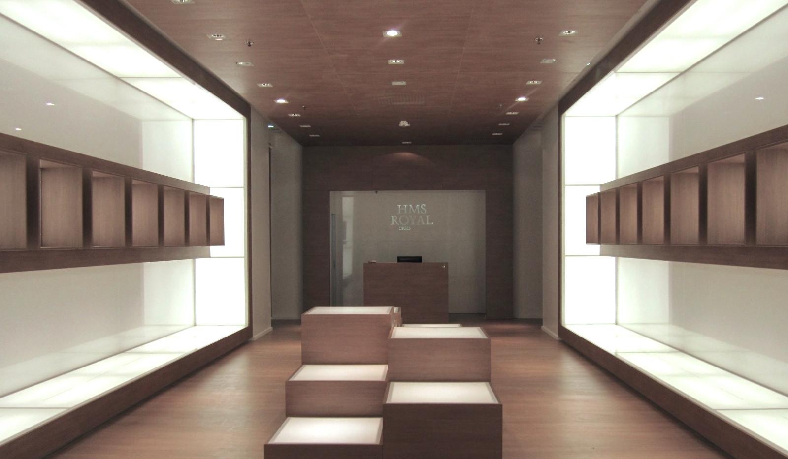 Hms Royal - Ernesto Fusco Interior Designer