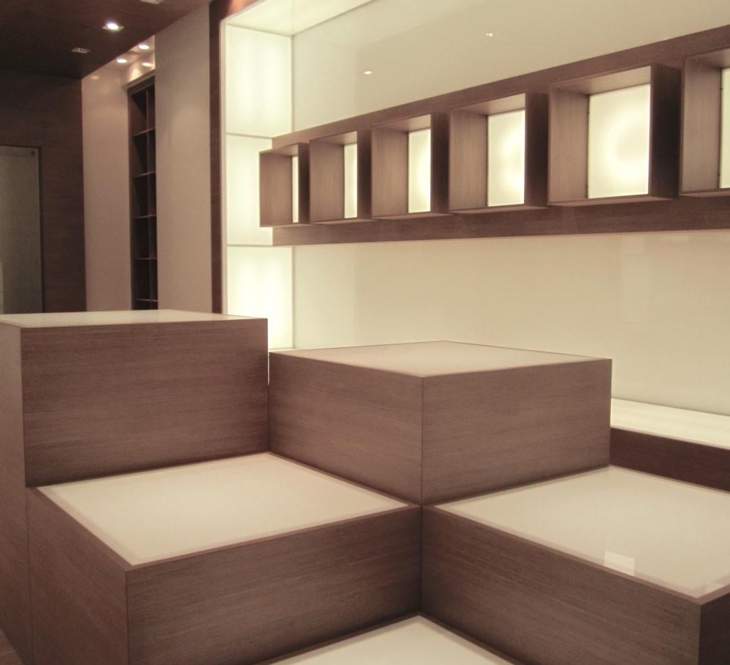 Hms Royal - Ernesto Fusco Interior Designerhop 2.jpg