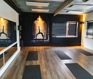 Yousportz-gallery-Hot-Yoga.jpg