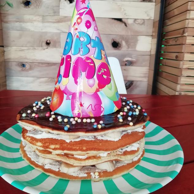 Pancakesowy tort bananowy