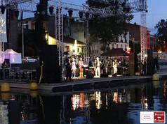floating scenes Agde