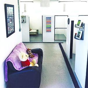 Dog lodge kennels