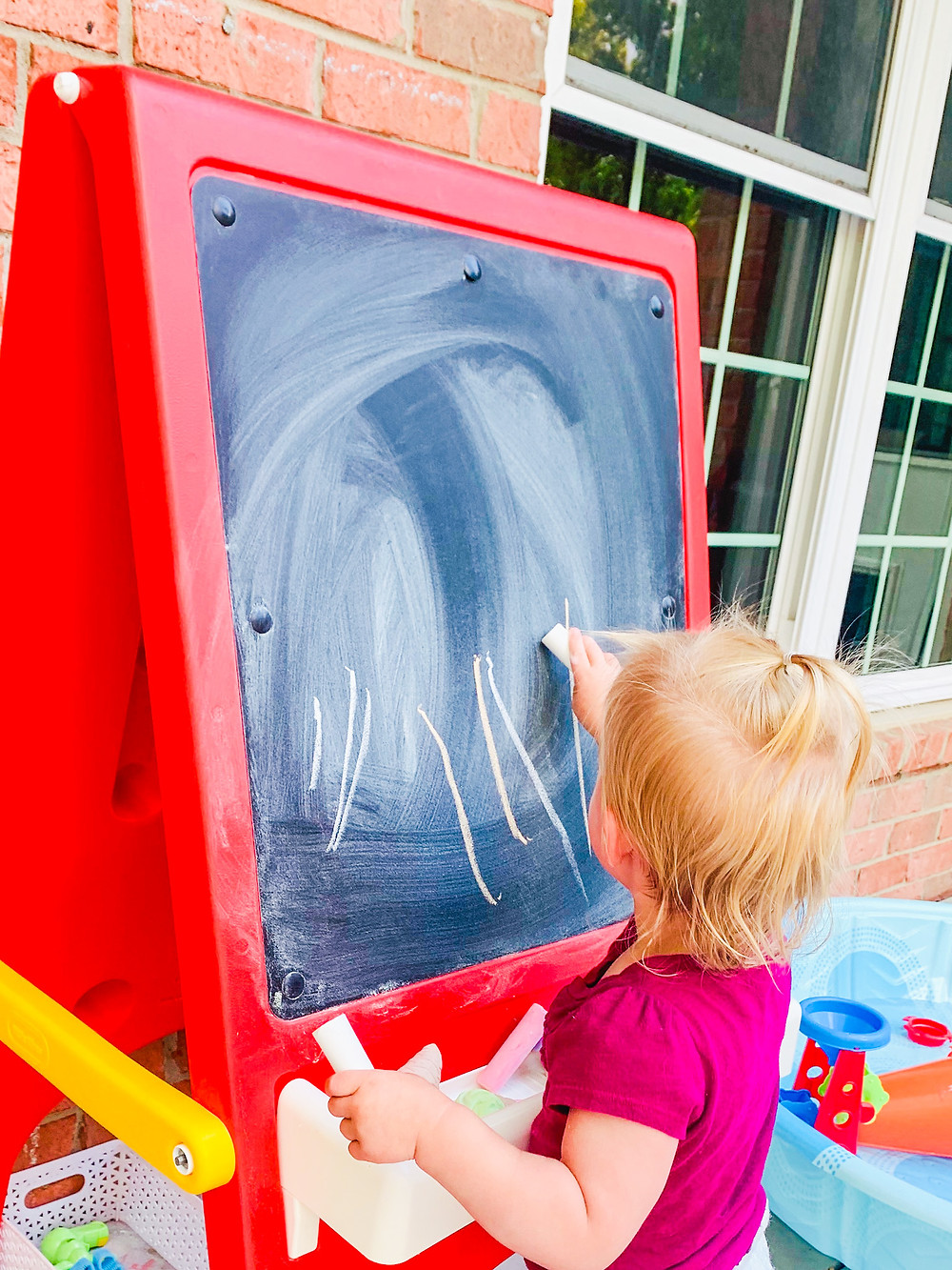 toddler outdoor art
