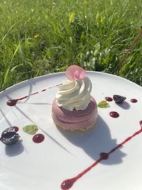 dessert-rose-herbe.jpg