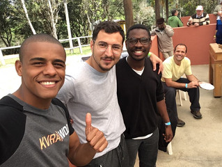 Retiro dos homens da região oeste a conexão da amizade