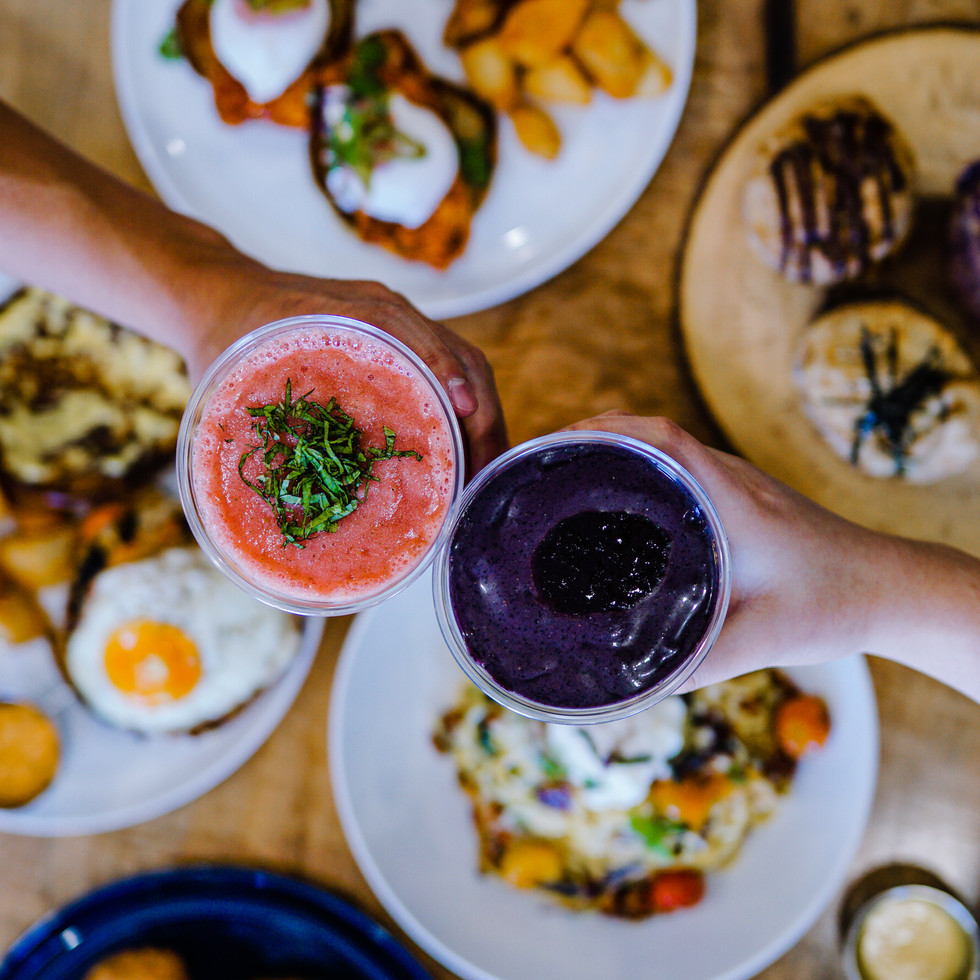 Serving delicious brunch and drinks.