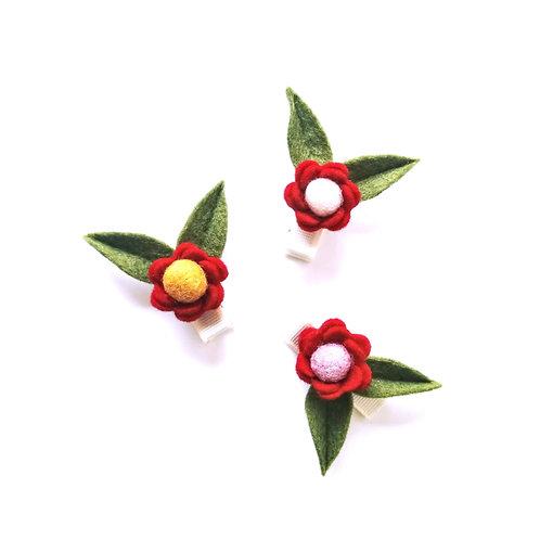 Kinderhaarspange Filzblume mit Blättern | rot