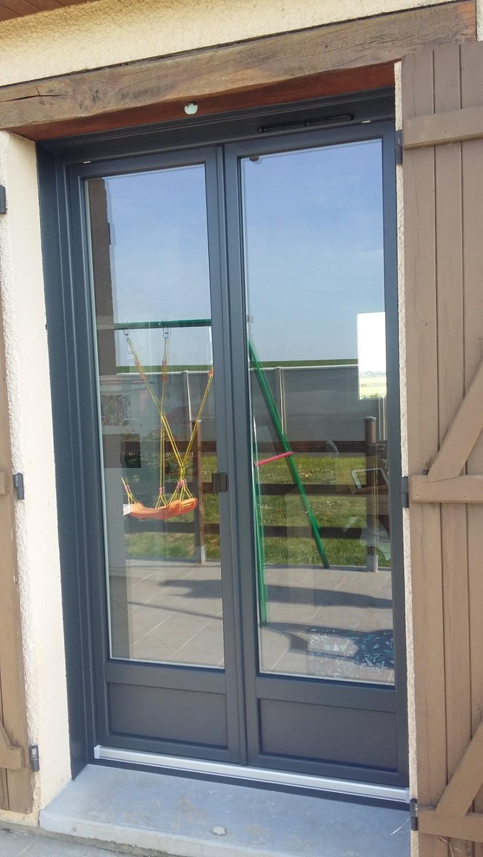 Fenêtre Pvc Grise extérieur et Blanche intérieur