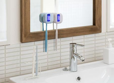 ToothbrushSterilizer_01.jpg