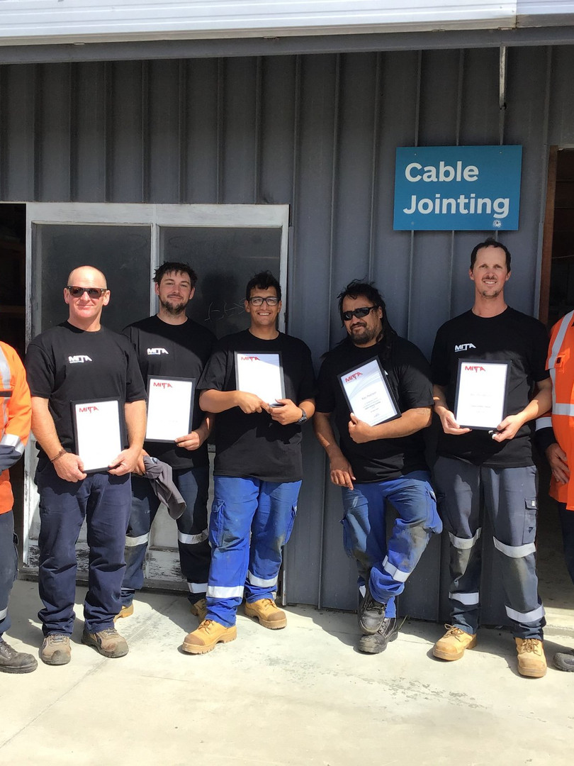 Team Lincoln - Cable Jointing Graduates