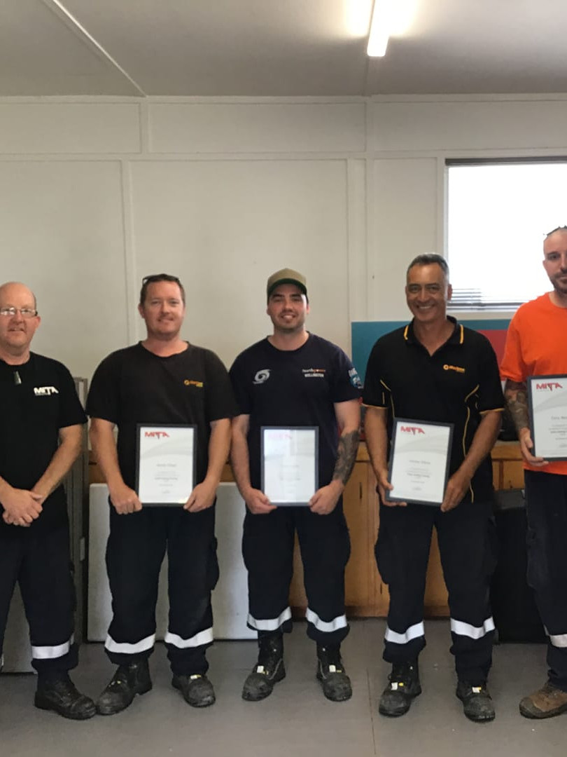 Team Akaroa - Cable Jointing Graduates
