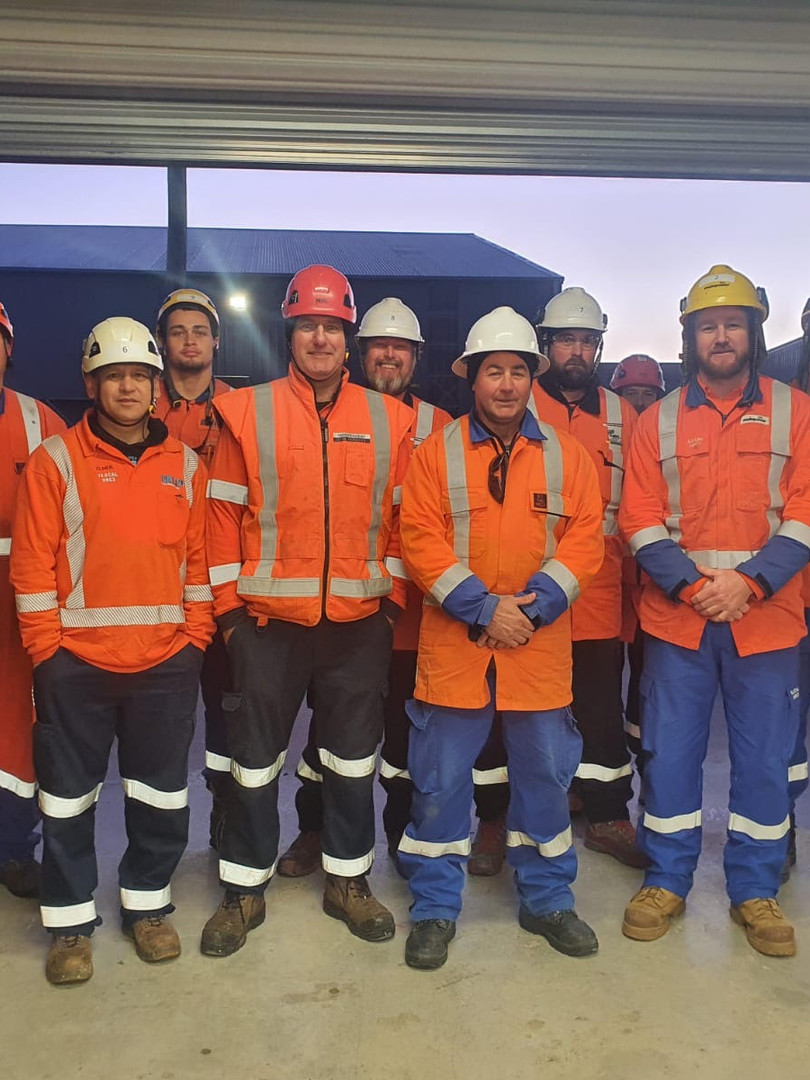 Team Sierra - Line Mechanic Gradautes