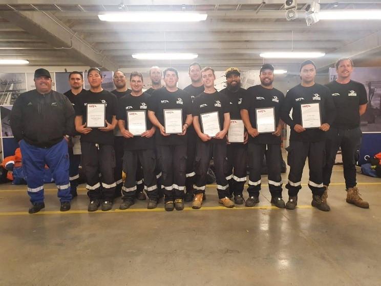 Team Papa - Line Mechanic Gradautes