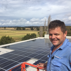 Mick from Schmick Energy Installing Solar at Nowra Farmers Market