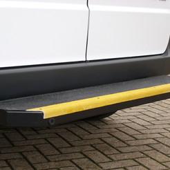 Heavyduty rear step/bumper