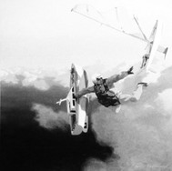 Parachutiste aux maquettes