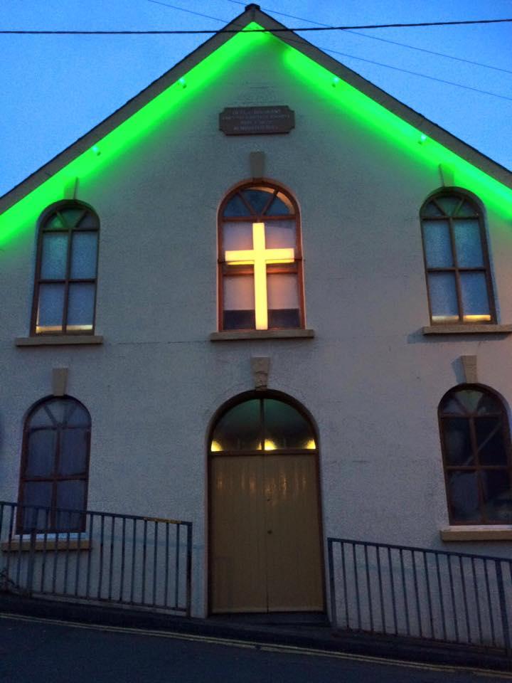 Bright lights of Upper Trosnant
