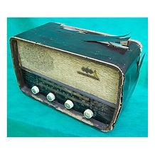 Rádio valvulado ABC Canarinho antes da restauração