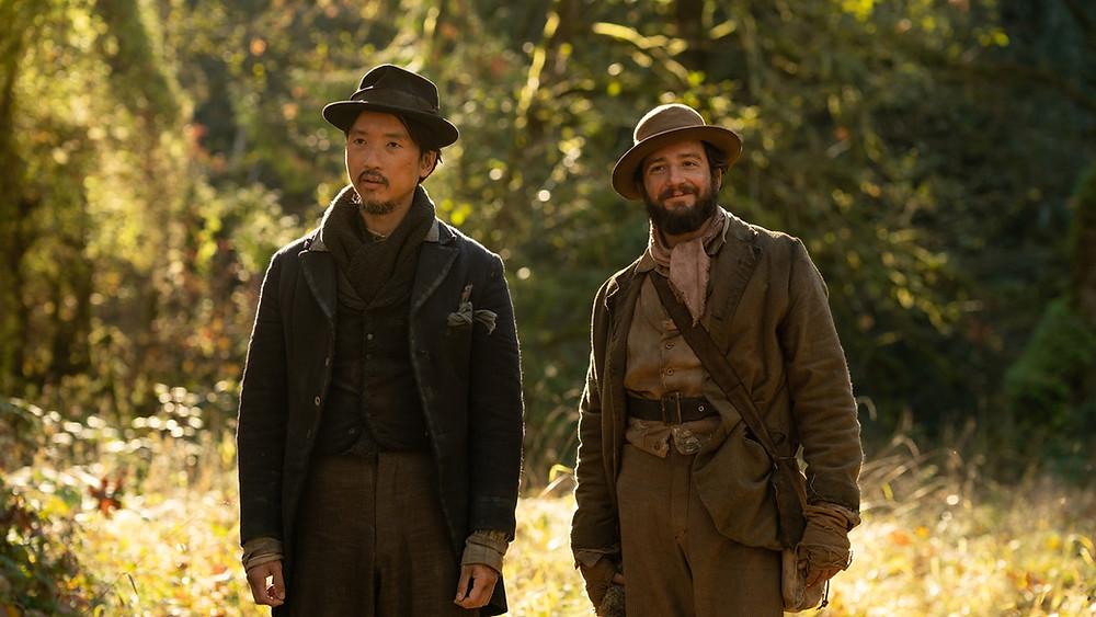 Orion Lee en John Magaro in 'First cow'.