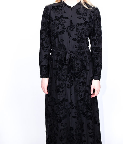 Modest Robe Front Zipper Black Velvet Floral Plus Size