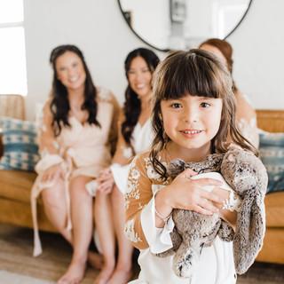 5 bridesmaids getting ready 5.jpg