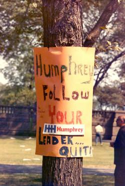 Humphrey Sign