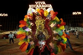 Travestir la nación: performance ante discursos totalizantes en Cuba y Nicaragua