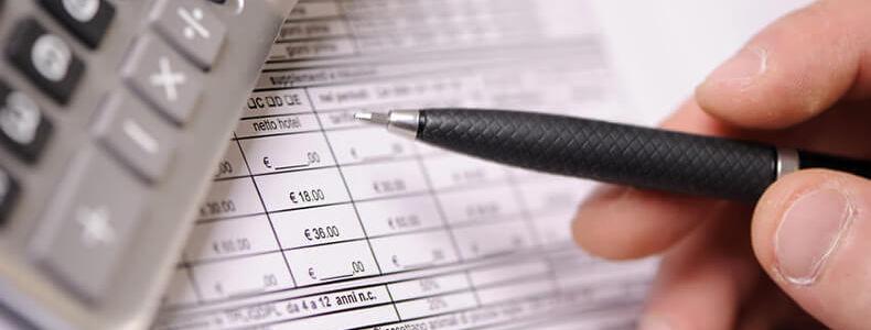 Haushaltsbuch-Erfassung-von-Ein-und-Ausgaben